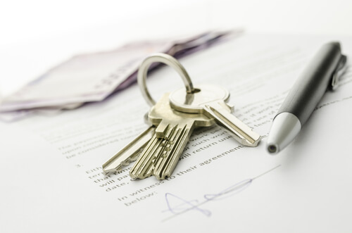 Landlord prevented from allowing flat owner to breach their lease